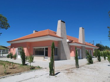 LUXURY BUNGALLOW IN SANTA COMBA DÃO