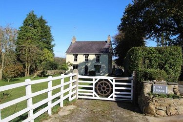 5 Bed detached coastal property with 5.8...