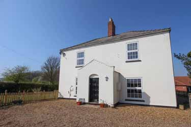 Four bed detached farmhouse 1.25 acres