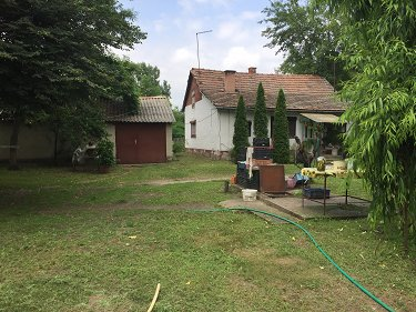 Self Sufficient Smallholding in Hungary....