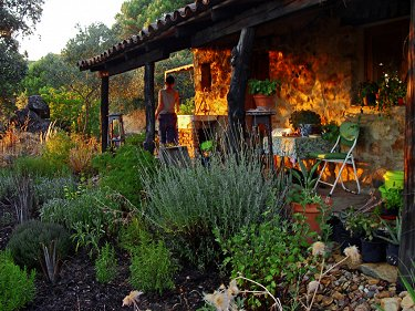 EL POCITO: an off-grid smallholding in S...