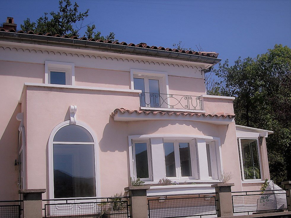 a character villa - bed & breakfast, aude, south of france | land