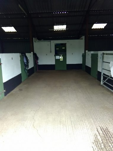 EQUESTRIAN LAND AND STABLES FOR SALE
