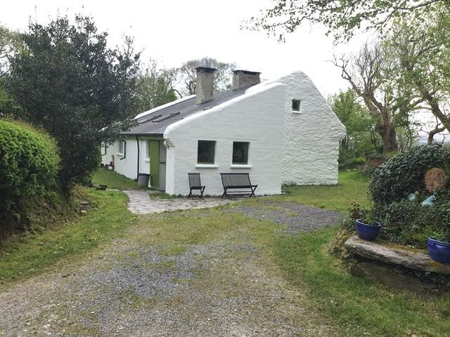 Small Holding Country House with 200 metres sea access.